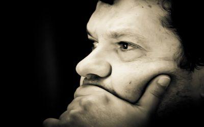الخطاب الشعريّ وسيميائيّته في ديوان «الأيّام ليست لنودّعَها» للشاعر عبده وازن